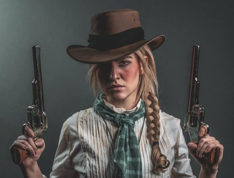 Red Dead Redemption 2 Cosplay Perfectly Captures Sadie Adler